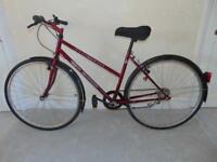 """Splendor Trekking 805 (19"""" frame) Hybrid/Town/Commuter Bike"""