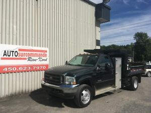 2004 Ford Super Duty F-550 DRW DOMPEUR