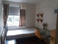 SINGLE room for rent in Goring by Sea available 26th May 18