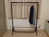 Heavy duty clothes rail