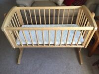 Mothercare Swinging Crib - used 4 nights only.