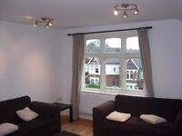 Well located, three bed purpose built apartment in Wandsworth ONLY £438pw!!