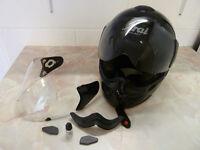 Arai DS helmet – gloss black
