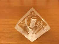 Beautiful Acrylic Owl Paperweight in Excellent Condition
