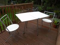 Calligaris folding table and 2 chairs