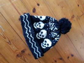 Winter cap skulls