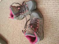 girls peter-storm walking boots