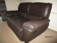 TWO SEAT LEATHER RECLINER SOFA.