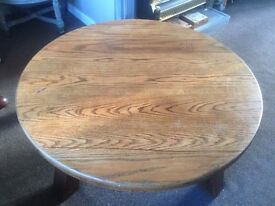 HEAVY VERY GOOD QUALITY CIRCULAR WOODEN TABLE FOR SALE