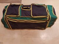 Travel baby cot bed