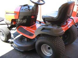 Secons Hand Husqvarna LTH 2142DR ride on mower Richmond Hawkesbury Area Preview