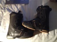 Salomon Dailogue size 8 uk New cond !