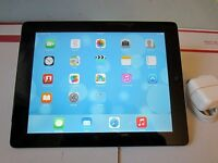 Apple iPad 4 with Retina Display – Black / Silver