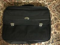 samsonite briefcase in very good condition only £15