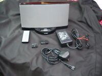 Bose docking station with blue tooth receiver and remote