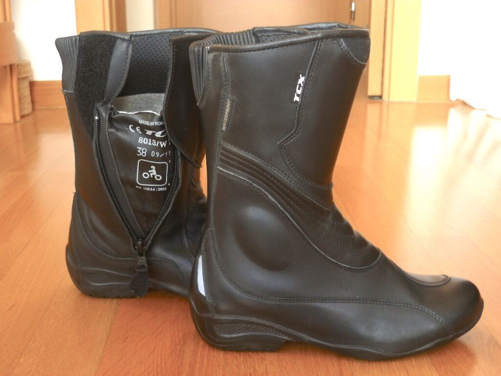 TCX Ladies Gore-Tex Touring Boots. Size 38