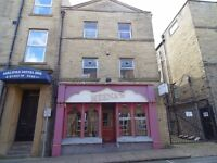 (Halifax) 90 Seater Restaurant Premises with three bedroom flat for rent £200 per week