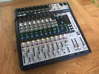Soundcraft Signature 12 desk