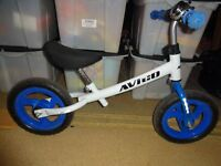 "Avigo 10"" wheel balance bike with bell"