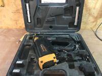 Quickload QL90 Second fix nail gun