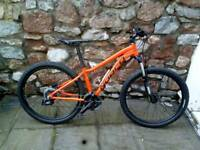 "NORCO STORM 7.3 Mountain Bike. 27.5"" wheels / hydraulic disc brakes"