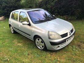 2004 Renault Clio 1.4 16v Priviledge Silver Automatic, 5 Door, Very Good Condition, 85,000 miles.