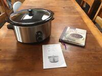 Lakeland 6 litre slow cooker including recipe book