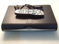 Sky Plus HD TV Box & remote/power cable DRX890-Z