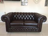 STUNNING & IMMACULATE THOMAS LLOYD CHESTERFIELD 2 SEATER SOFA IN BROWN LEATHER