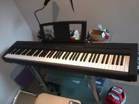 Digital Piano Yamaha P-35 weighted action 88 weighted keys + accessories