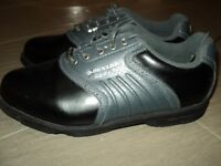 Dunlop Golf shoes size 7.5 in almost brand new condition