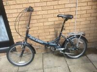 FOLDING BIKE RALEIGH SWIFT GOOD CONDITION READY TO RIDE AWAY