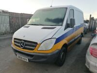 Mercedes sprinter 209 cdi swb breaking for parts rear axel prop shaft rear springs wheels gearbox