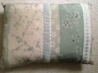 2X BEAUTIFUL LAURA ASHLEY SILK CUSHIONS PILLOWS BARGAIN