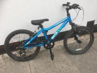 CHILDS 20 INCH MOUNTAIN BIKE WITH 6 GEARS & FRONT SUSPENSION ( RIDGEBACK MX20 MODEL )