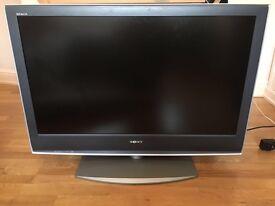 """Sony Bravia TV 40"""" 2006 model £80"""