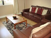 KINCORTH. SPACIOUS , FULLY FURNISHED, 2 DOUBLE BED FLAT.