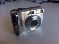 Canon PowerShot A560 compact digital camera