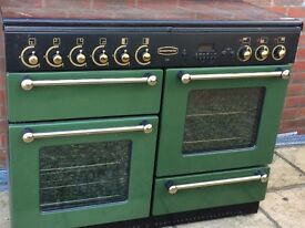 Range Master combined electric and gas cooker