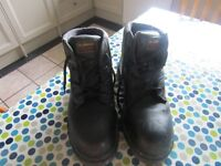 Hoggs Professional Tornado Size 7 Work Boots