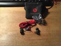 Brand new Genuine Monster Beats by Dr Dre urBeats Headphones Earphones Earbuds In BLACK