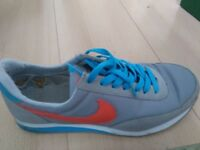 Mens nike trainer size 7