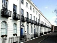 2 bedroom apartment with secure gated parking £1250pcm