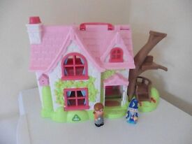 ELC Happyland take and play house and figures £10 collection from Shepshed.