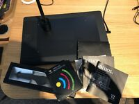 Wacom Intuos 5 touch medium pen tablet & accessories