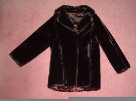 Fure Coat Acrylic