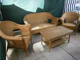 Wicker furniture set.
