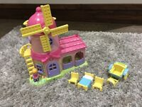 Happyland windmill house with accessories