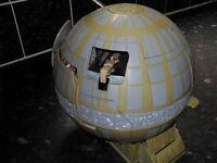 Star Wars toy (Death Star)