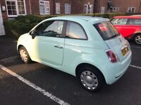 FIAT 500, LOW MILAGE, BLUETOOTH/USB EXTRA AND FIAT SATNAV CAPABILITY - 1 OWNER EXCELLENT CONDITION!